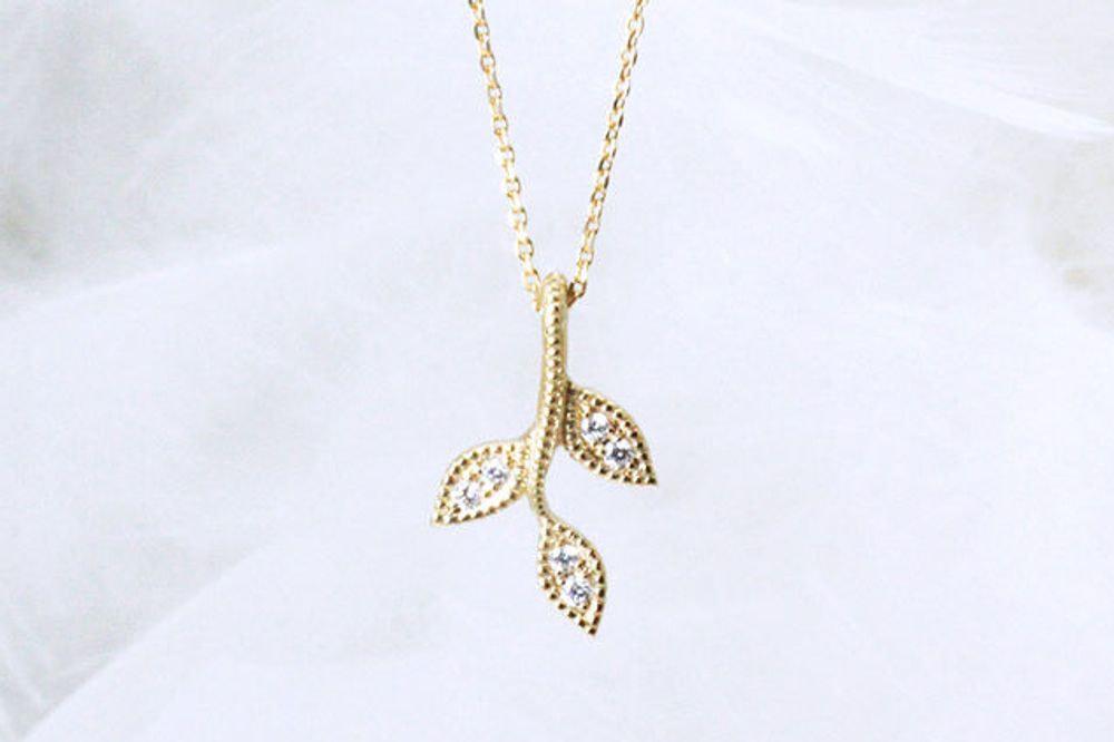 K18 ダイヤモンド ペンダントネックレス(crescita)
