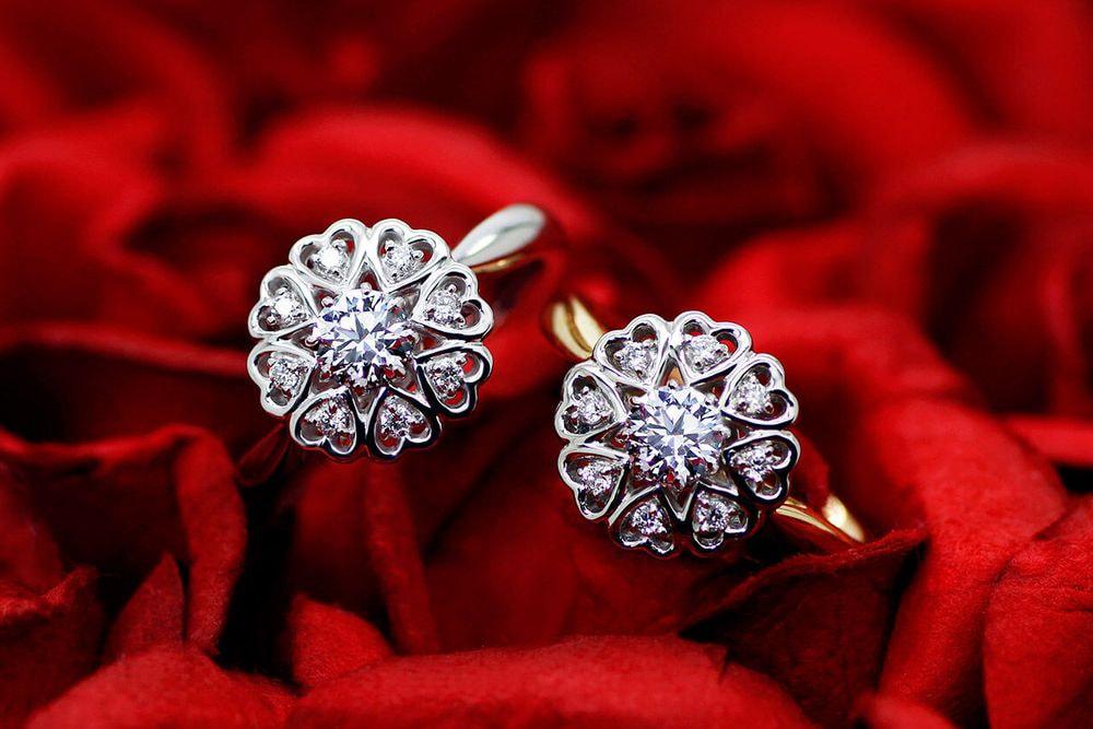 ブルーミングフラワー 0.320ct ダイヤモンド リング