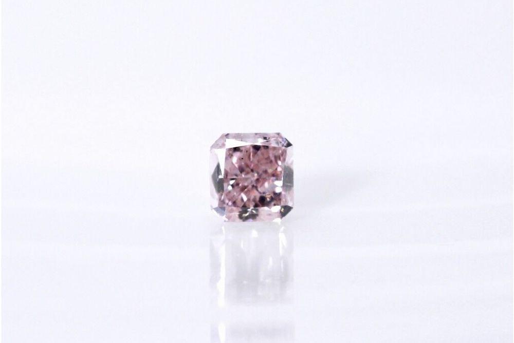 天然 ファンシーパープリッシュピンク ダイヤモンド SI2 0.20ct