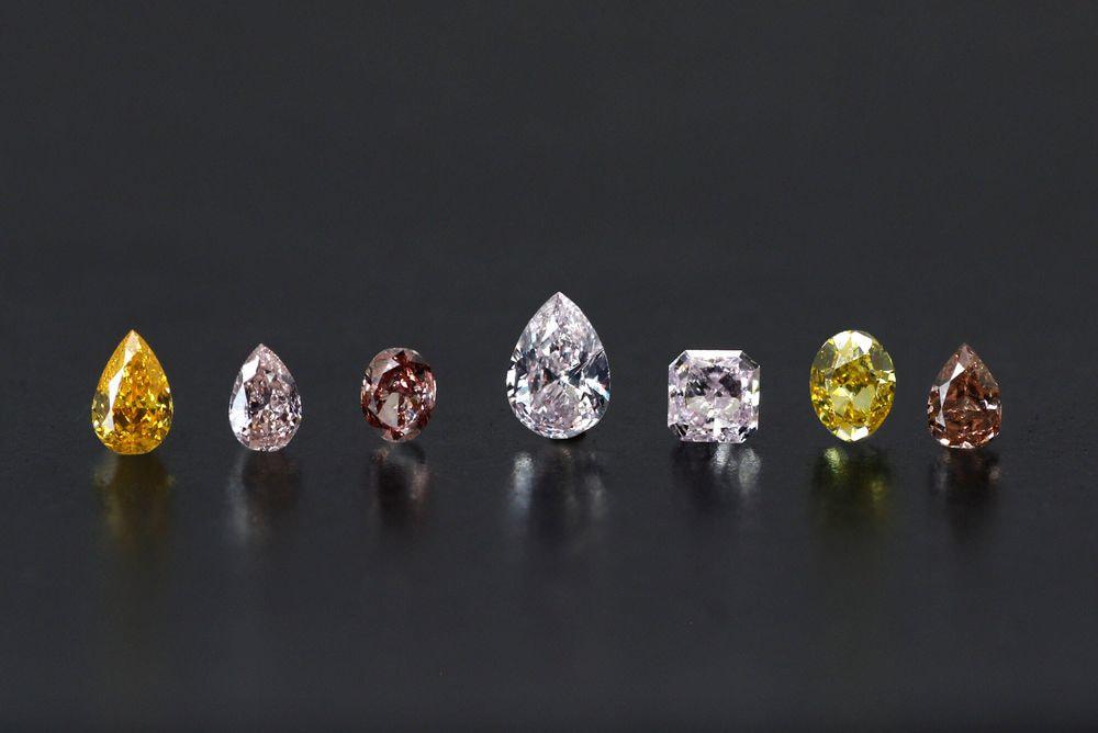 ファンシーカラー ダイヤモンド ロット(7ピース)