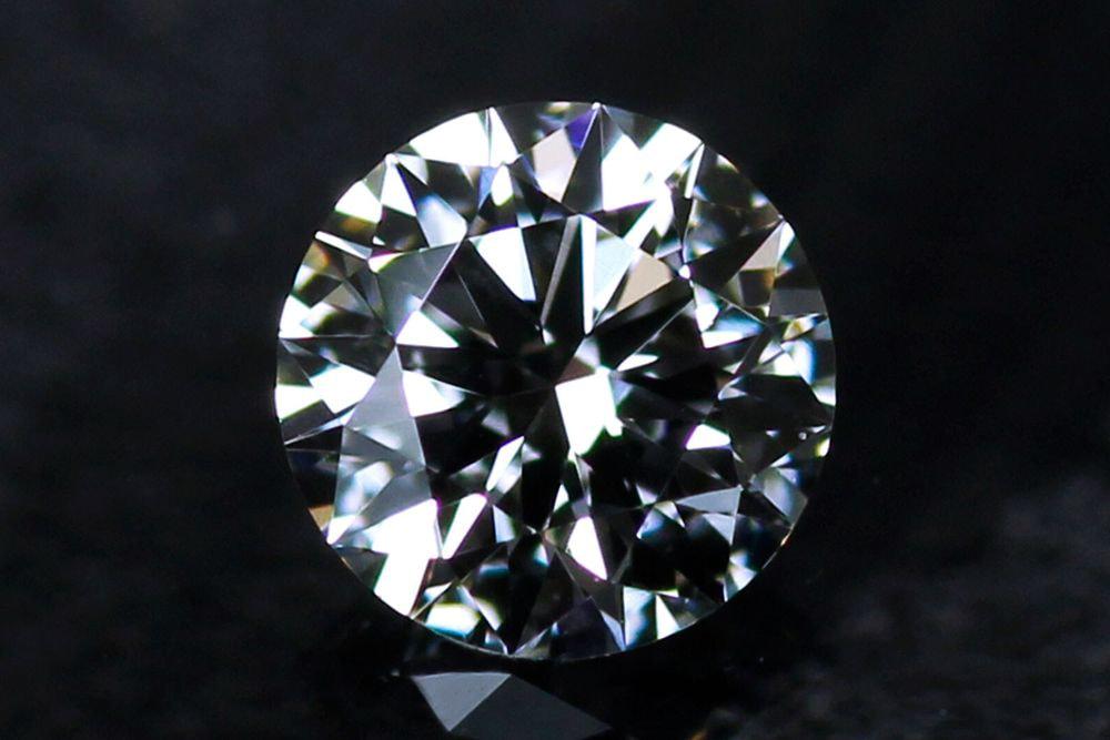 天然ダイヤモンド 0.201ct-F-VVS1-3EXHC