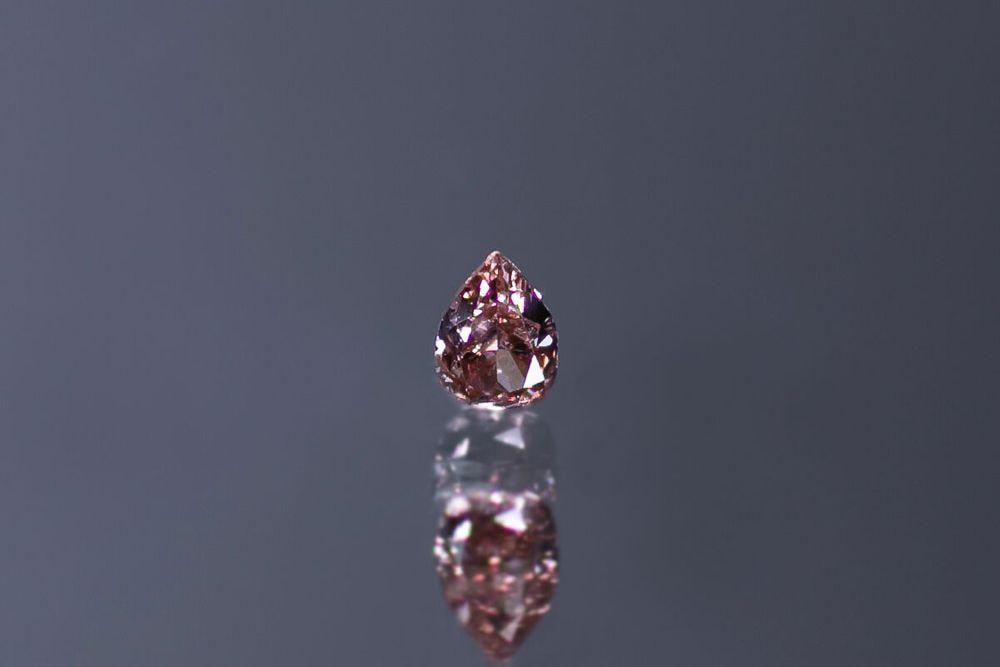 天然ファンシーブラウニッシュオレンジ―ピンクダイヤモンド SI-2 0.090ct