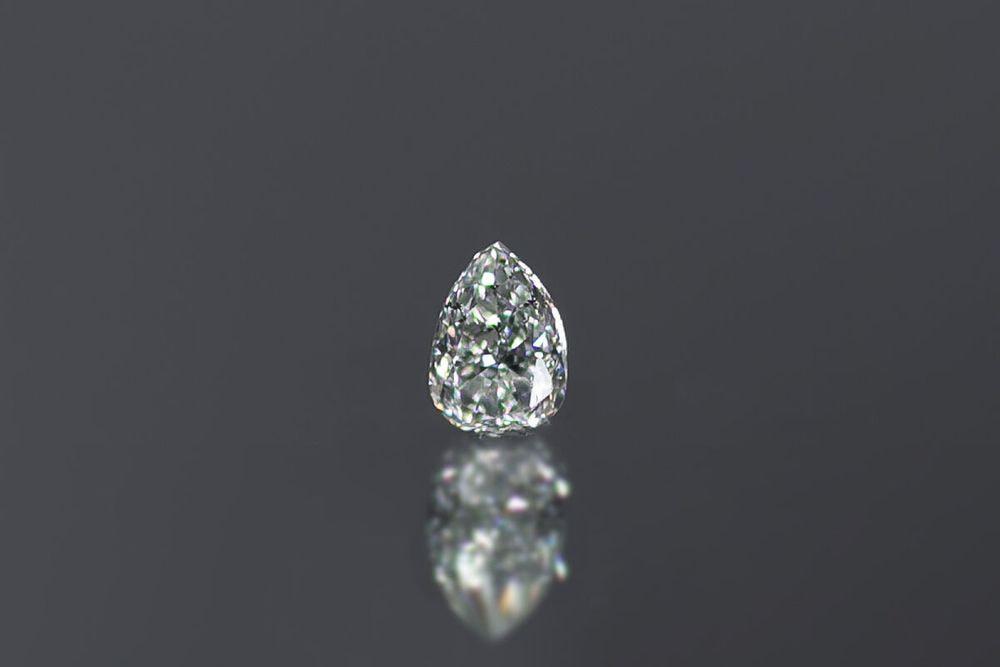 天然ライトイエロー二ッシュイエローダイヤモンド SI-1 0.178ct