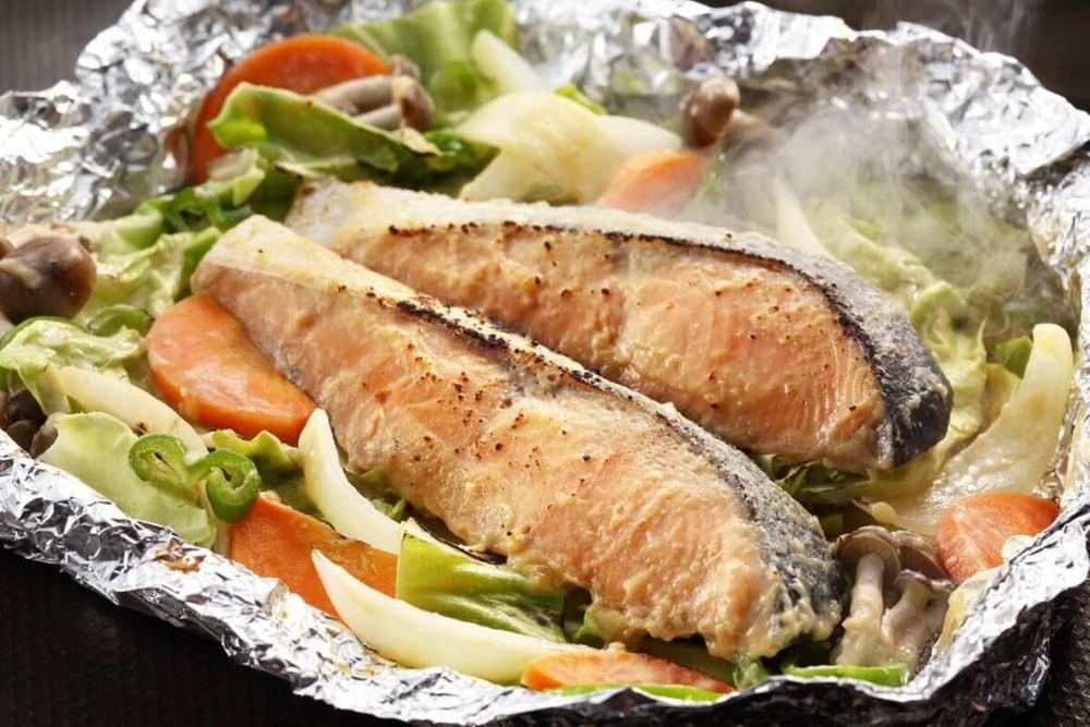 北海道 鮭のちゃんちゃん焼きと帆立バター焼き
