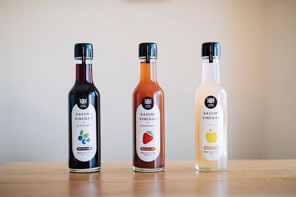 KASUMI VINEGAR (飲むフルーツ酢)完熟いちご、ブルーベリー、梨の3種セット