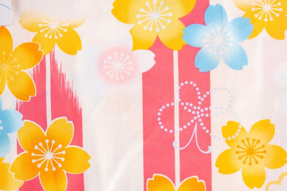 子供サイズ120 女の子浴衣 クリーム色 花柄【品番KDYG18】
