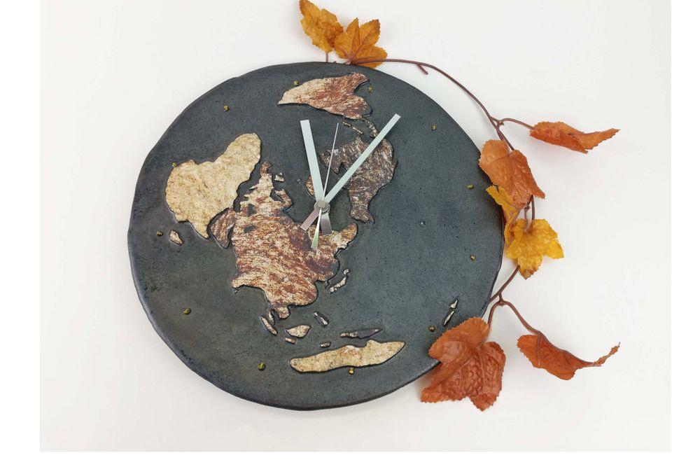 世界地図の掛時計